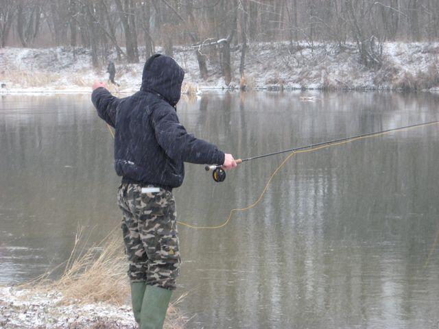 Ловля нахлыстом зимой